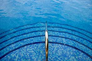 mosaic-pool-steps-10